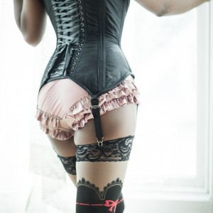 Corset Talk: The Value of a Modesty Panel