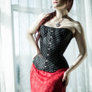 Corset Styling Basics: How to Incorporate Corsets into Your Wardrobe