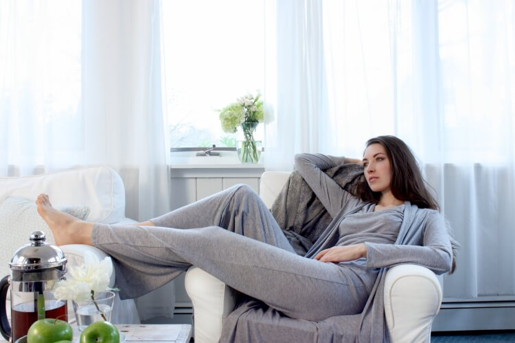 1_Between_The_Sheets_FW13_MatchPlay_cowl_pant_robe-heather-grey-2web