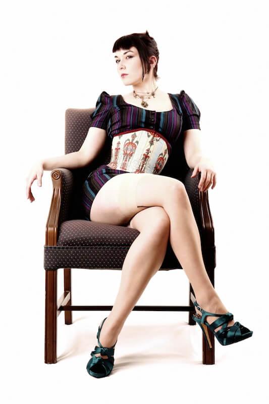 Photo © Douglas De Rossi Corset: Pop Antique Model: Victoria Dagger