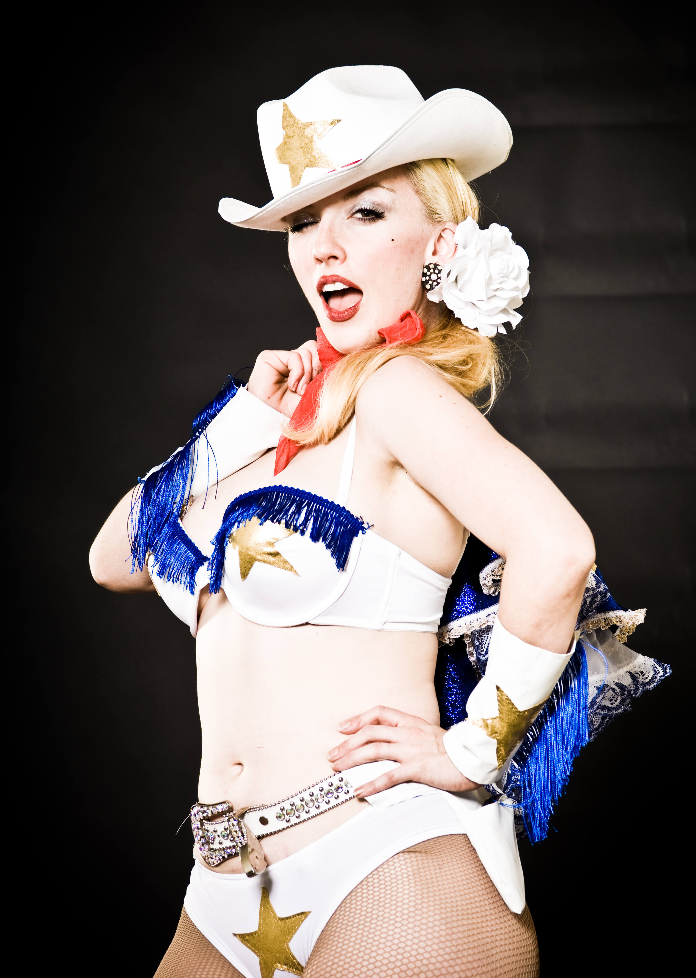 3 cowgirl burlesque 2