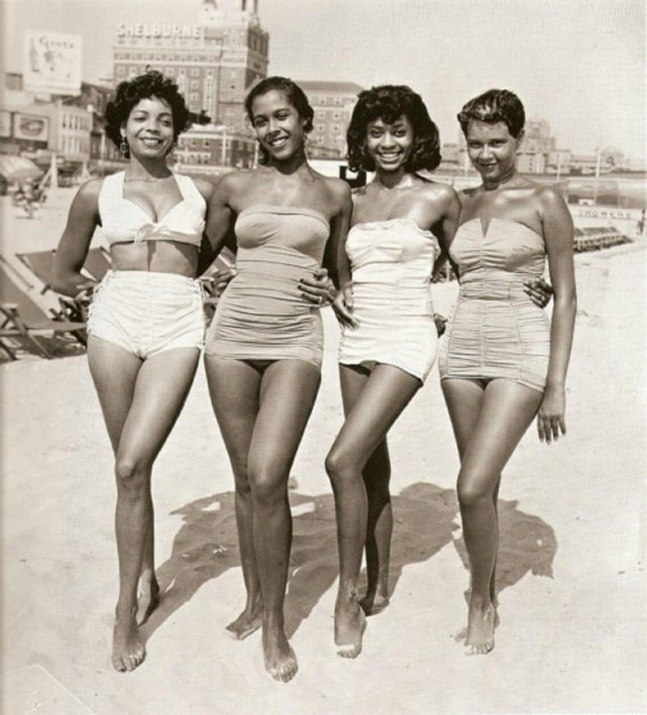 Vintage black pinups at the beach