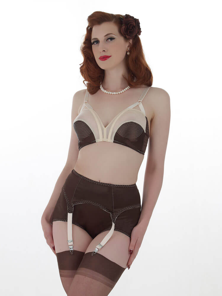 Flavors Of Fall: 10 Autumn Inspired Lingerie Treats