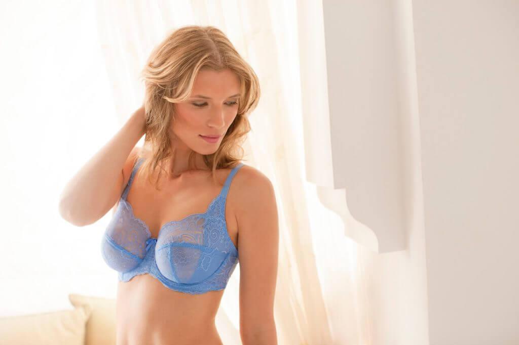 Panache lingerie model