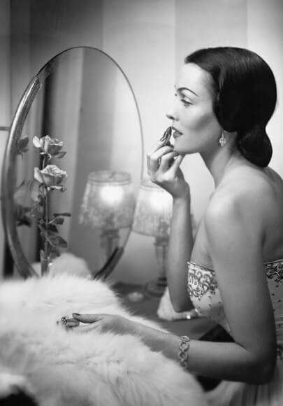 5 vintage woman beauty makeup copy