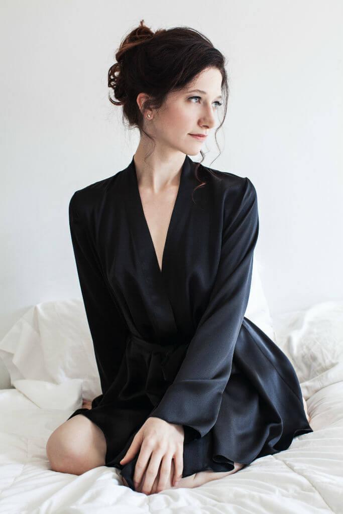 Angela Friedman Musette Robe black