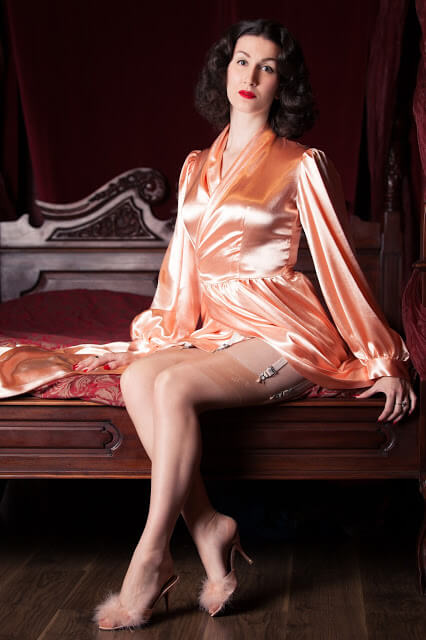 Betty_Blues_Loungerie_Peach_Bettie_Robe_1