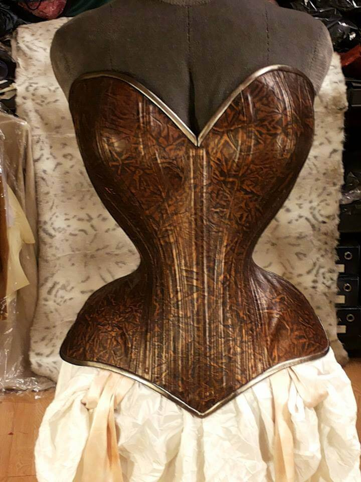 Bizarre Design tightlacing corset
