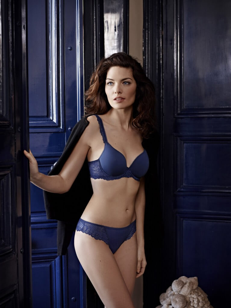 Caressence Royal Blue