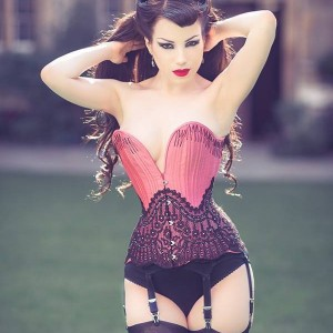 Corset Talk: The Wonderful World of Flossing