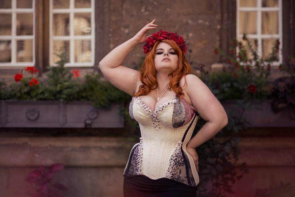 "Crikey Aphrodite ""Queenie"" corset 