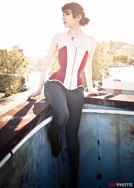 Photo © IGP Photo Corset: Blooddrop Model: Victoria Dagger