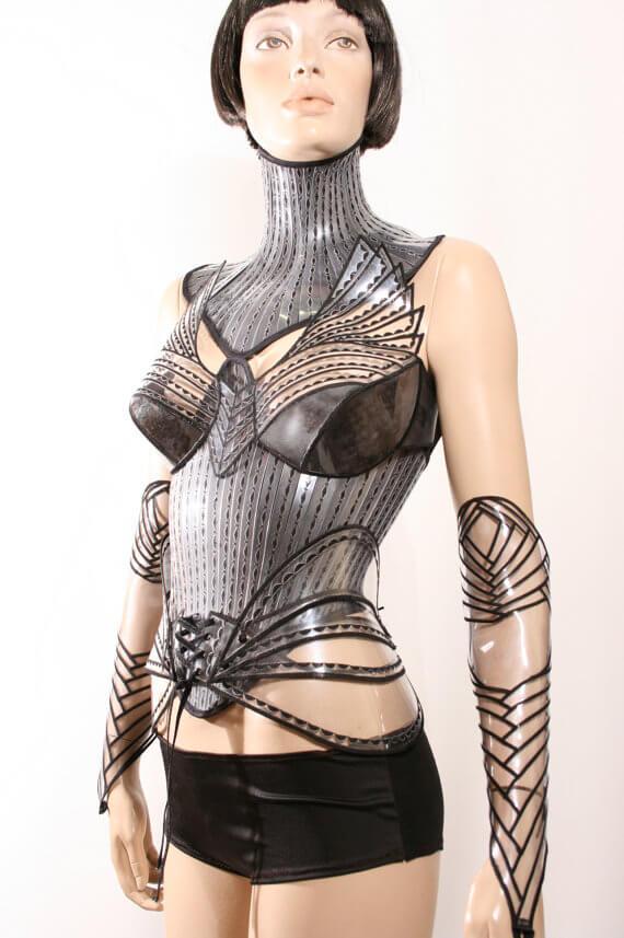 Divamp Victorian neck corset