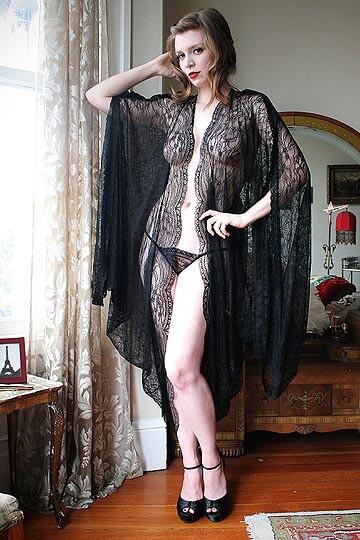 Dollhouse Bettie Robe