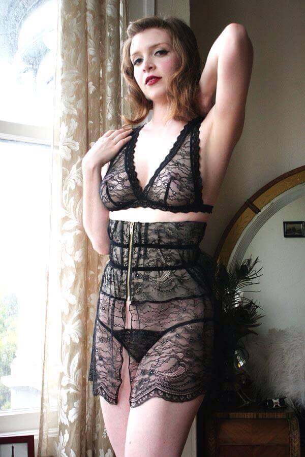 Dollhouse Bettie Waspie Skirt Front