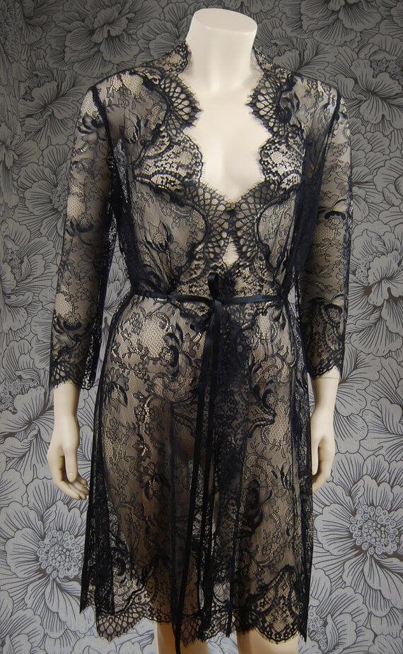 Amelia Thomas Vintage - Lace robe