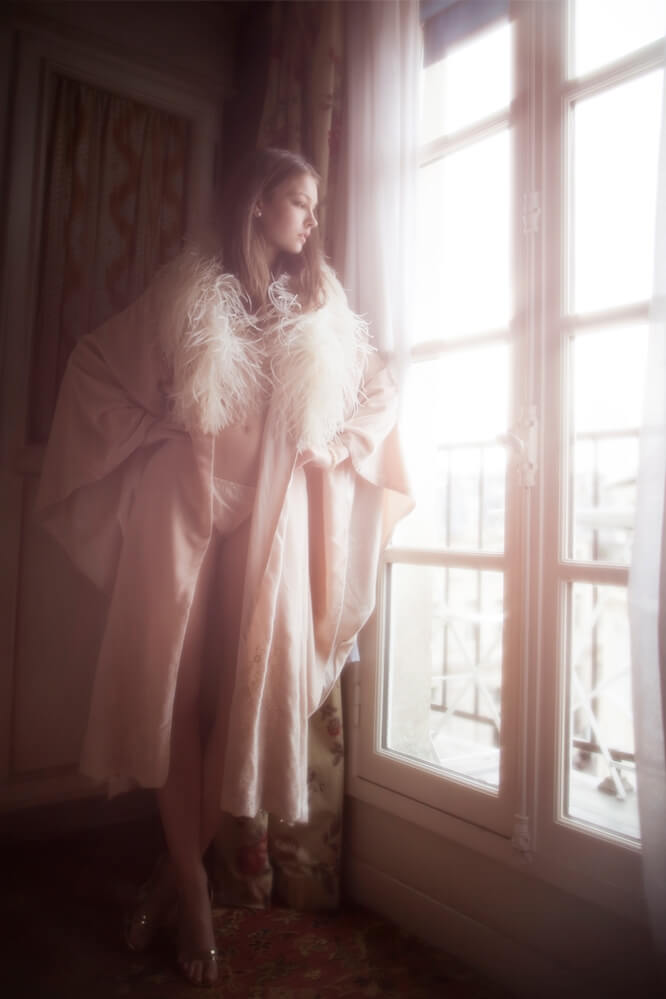 Felice-Art-Couture-Morning-Star-Velvet-Robe-2