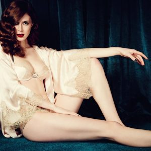 A Lingerie Addict's Guide to Creating a Silver Screen Boudoir