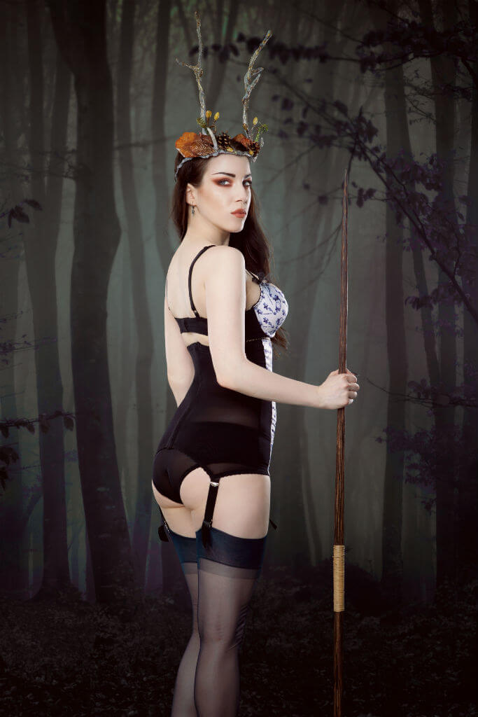 Kiss Me Deadly Herne the Hunter 3