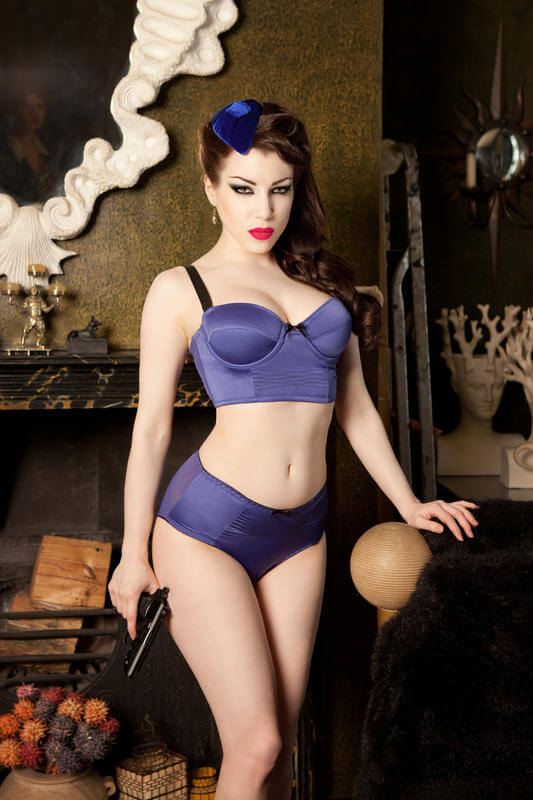 Kiss_Me_Deadly_Divine_Bra_And_Knickers
