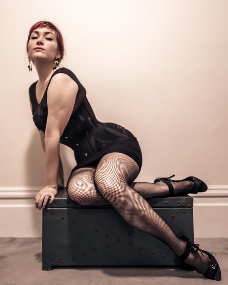 L1071985 Retina Vita Bassa Low Rise Fishnets Pop Antique Gibson Girl corset Victoria Dagger Alyxander Ryan