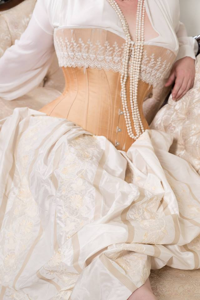 Golden midbust corset by Laurie Tavan | Model: Iris LeFevre | Photo © Martin Ave Photo