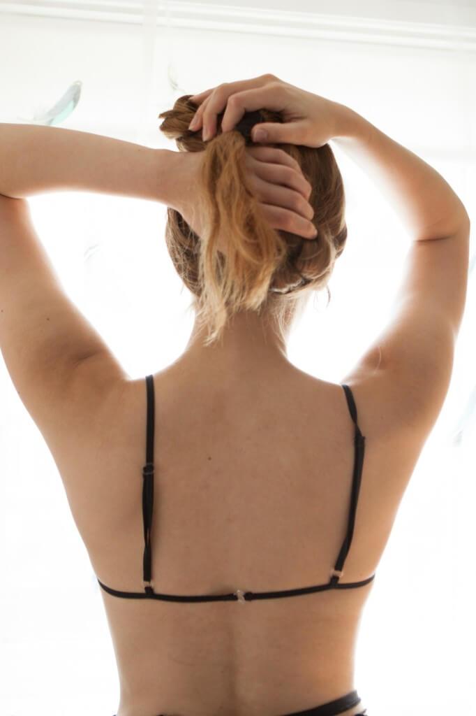 Luva Huva lace bra back