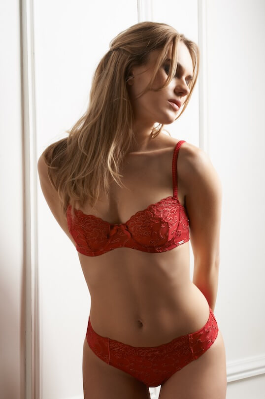 Millesia-Lingerie-Porcelaine-Red