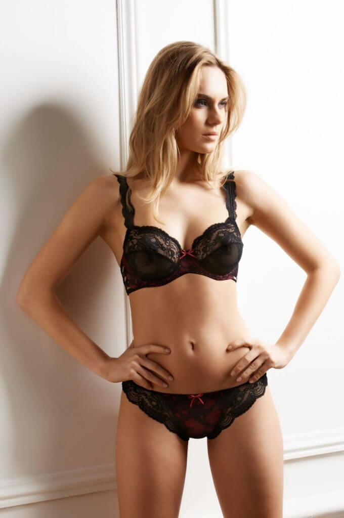 Millesia-Lingerie-Seduction-Fushia-Black-1