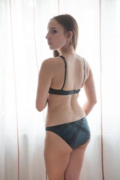 Mimi Holliday 'Peacock' shoulder bra and classic knicker. Photo by A. Lindseth