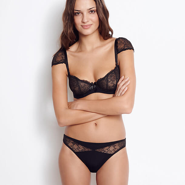 df9d74ca6fd Nouvel Emoi by Huit - one of Wacoal Europe s brands. Photo by Journelle