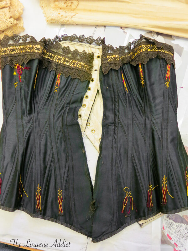 Oxford Conference of Corsetry Antique Corset 4