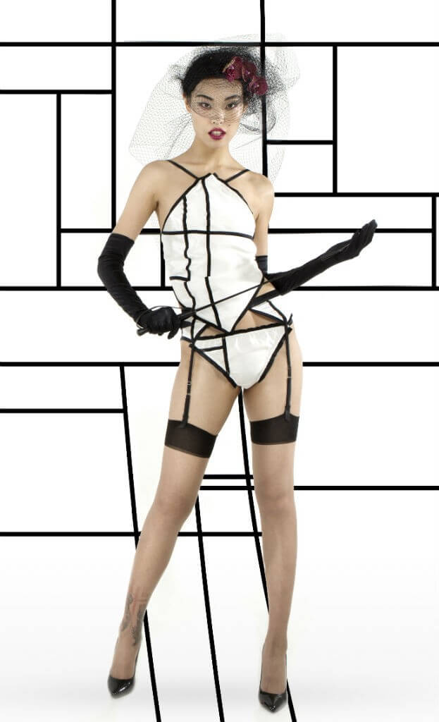 PILLOWBOOK aiMe BW Dudou Thongs Suspenders Front