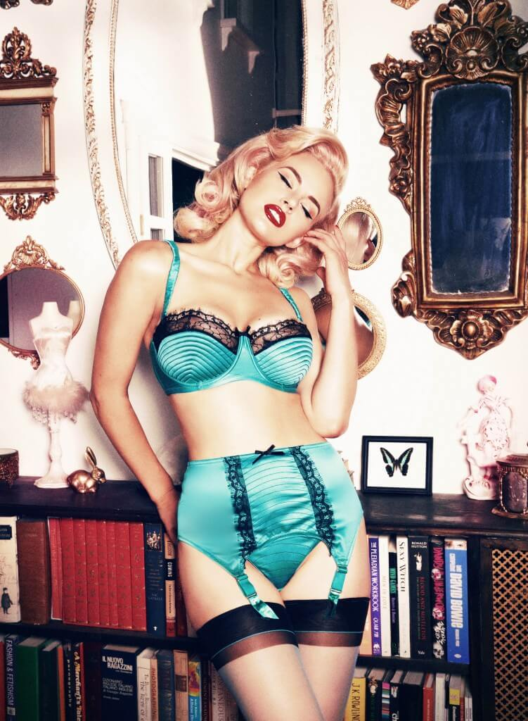 Playful Promises portia suspender