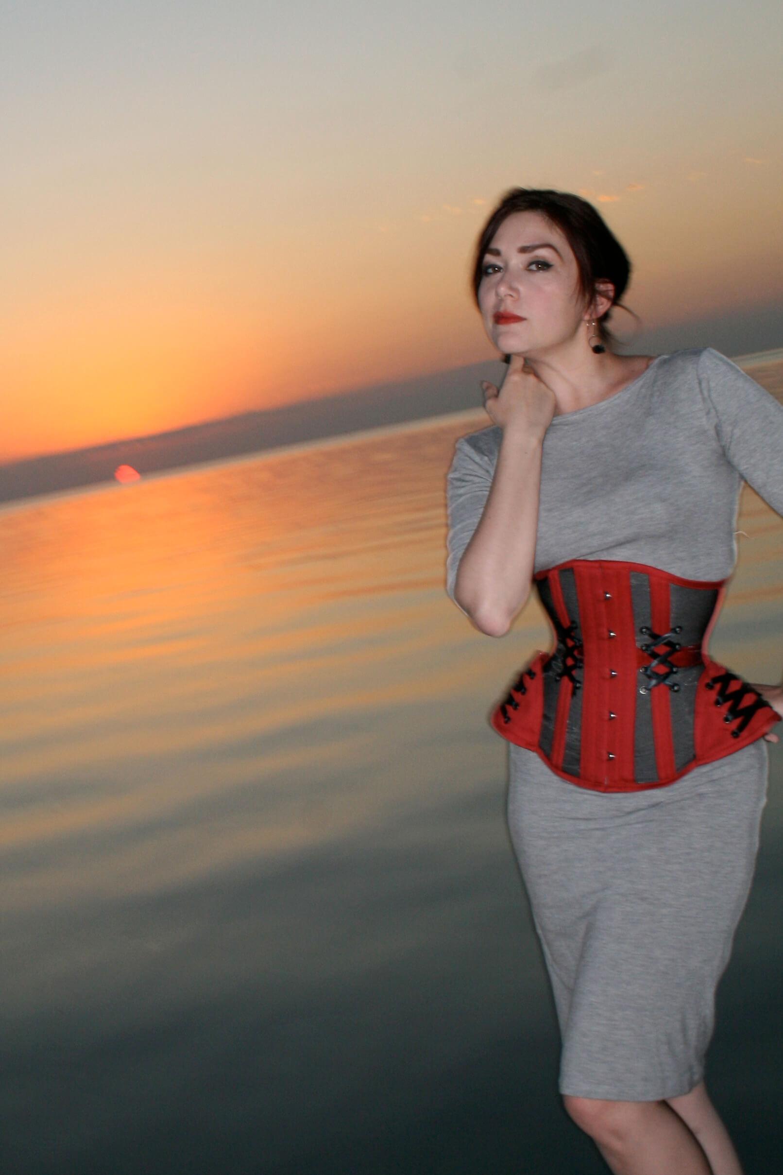 "Corset: Pop Antique ""Tease"" / Photo © Morgan Marcani / Model: Victoria Dagger"