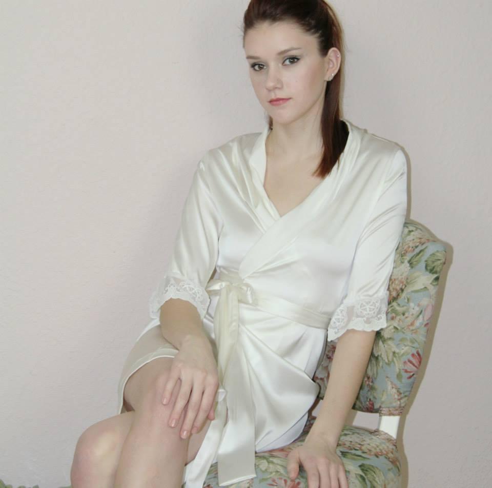 Sandmaiden bridal robe