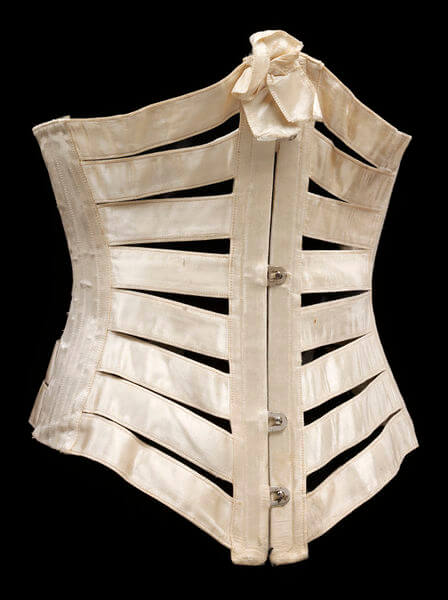 Silk Ribbon Corset c.1900. V&A Collection