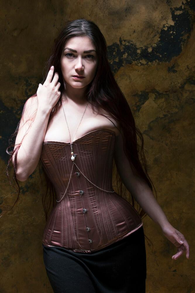 Corset: Sparklewren | Model: Victoria Dagger | Photo: Sparklewren