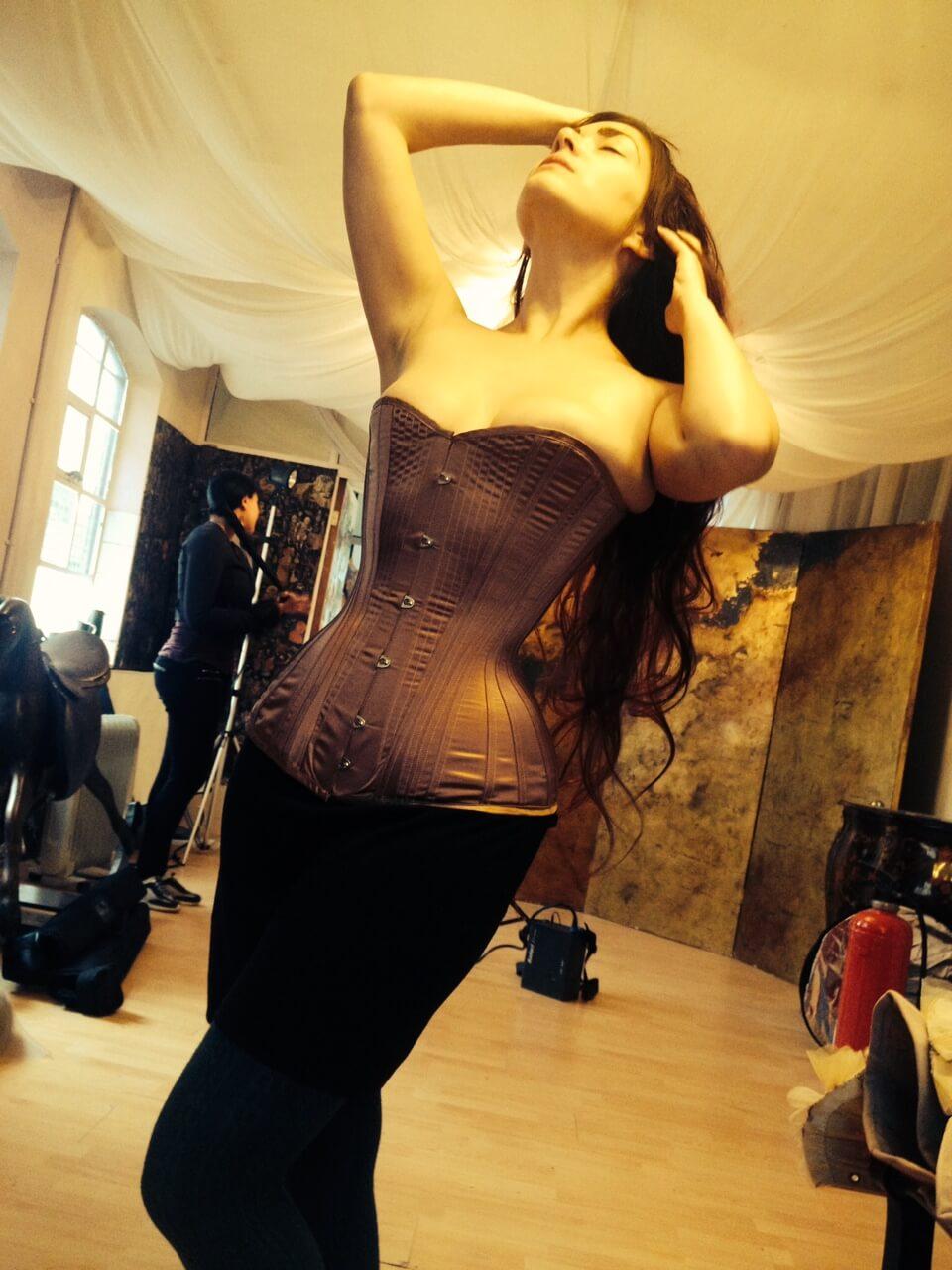 "Sparklewren ""Rose Gold"" corset | Photo © Morgan Marcani"