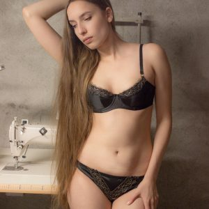 Lingerie Review: Edge O' Beyond Becca Padded Bra and Knickers