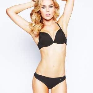 Review: Ultimo OMG plunge bra and invisible shorts
