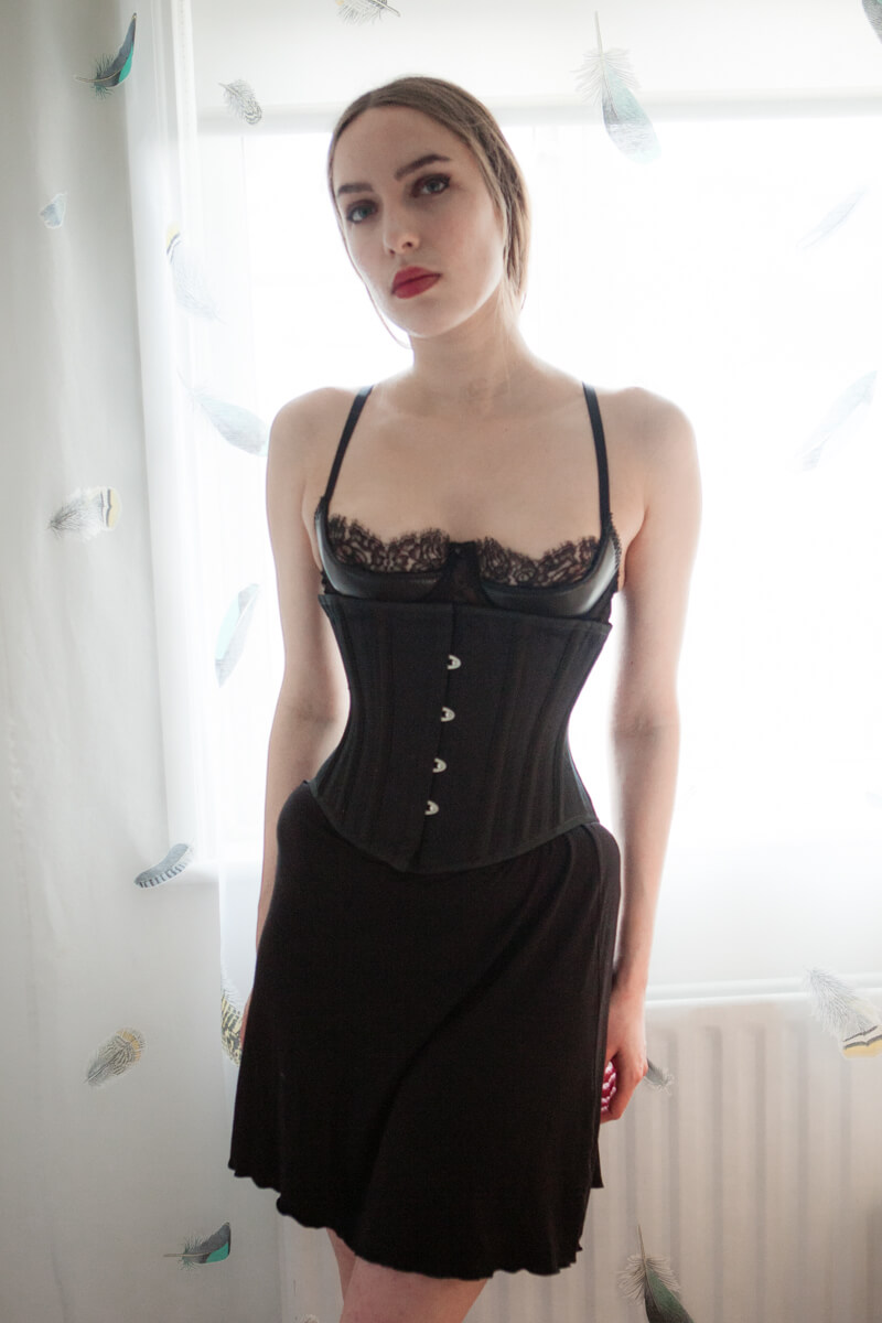 a820a89bfd Review  Vollers  Waist Hugger  Underbust Corset