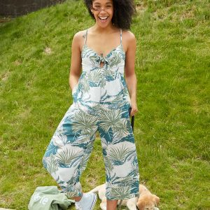 12 Summer Loungewear Outfits for Staying Cool (And Cute, Too)