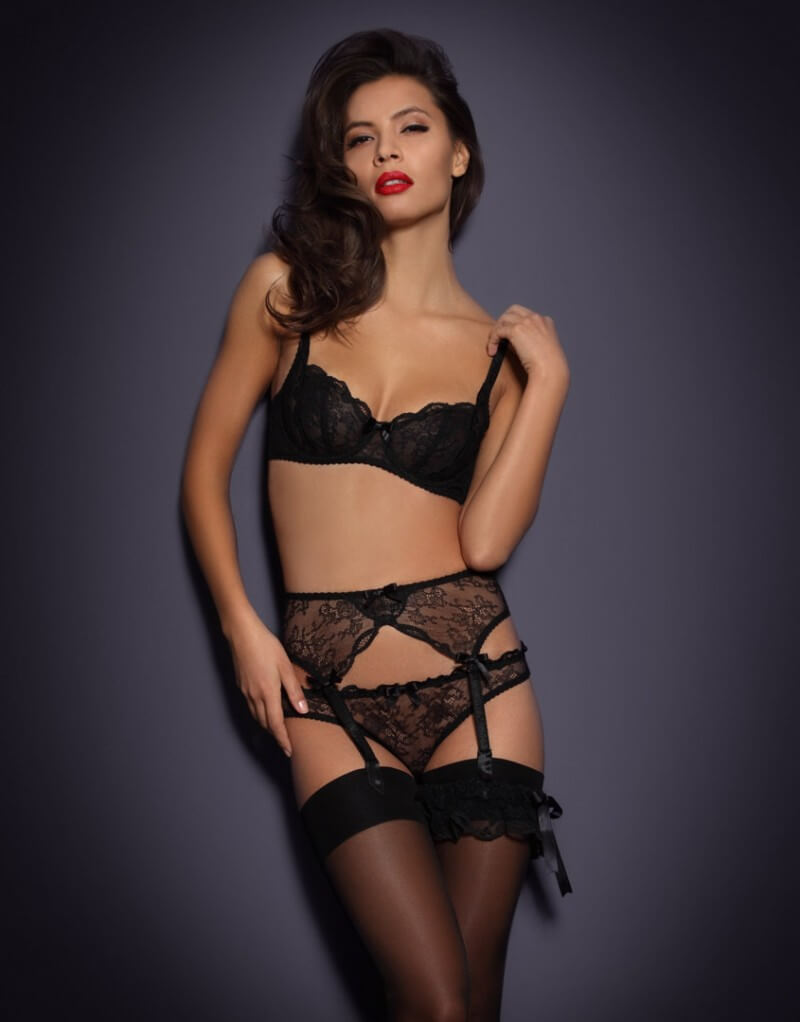 agent-provocateur-love_suspender_full_body_front