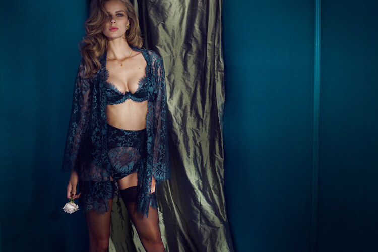 agent_provocateur_soiree_aw_13_3