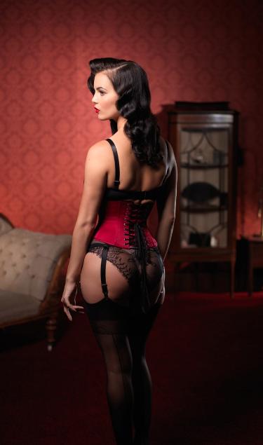 ava_corsetry_1