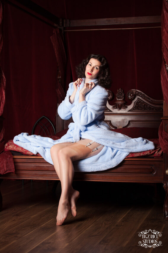 betty blue's loungerie blue fleece robe