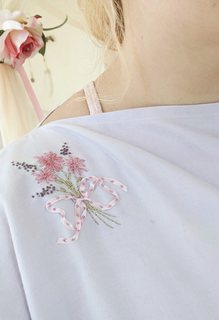 final floral embroidery on caftan