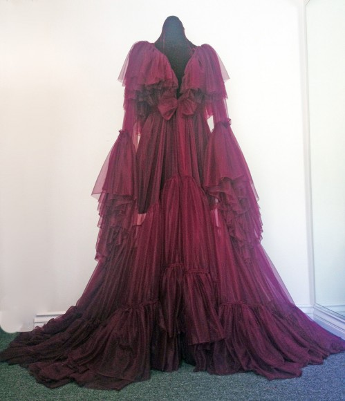 catherine dlish burlesque dressing gown 1