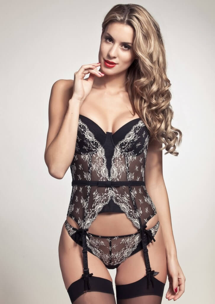 Chantal Thomass Secrets D' Alcove Bustier and Thong - $620.00